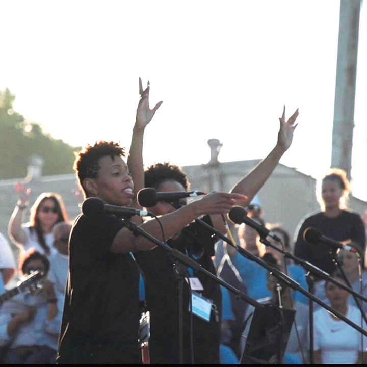 Temika Moore speaking and singing at a women's correctional institution during Prison Fellowship's Easter Weekend Hope events in Corona, California. Photo: Courtesy of Prison Fellowship