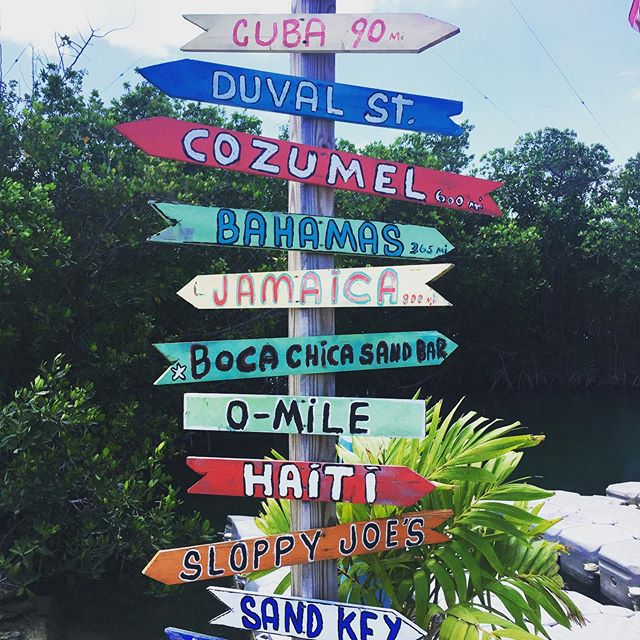 #wanderwednesday  With Labor Day coming up, we're getting that end of summer travel itch! Find us by the beach this weekend and shop all your beach needs — link in bio  #wanderlust #beachday #beach #beachbum #beachlife🌴 #endofsummer #labordayweekend #jamaica #haiti #cozumel #cuba #bahamas