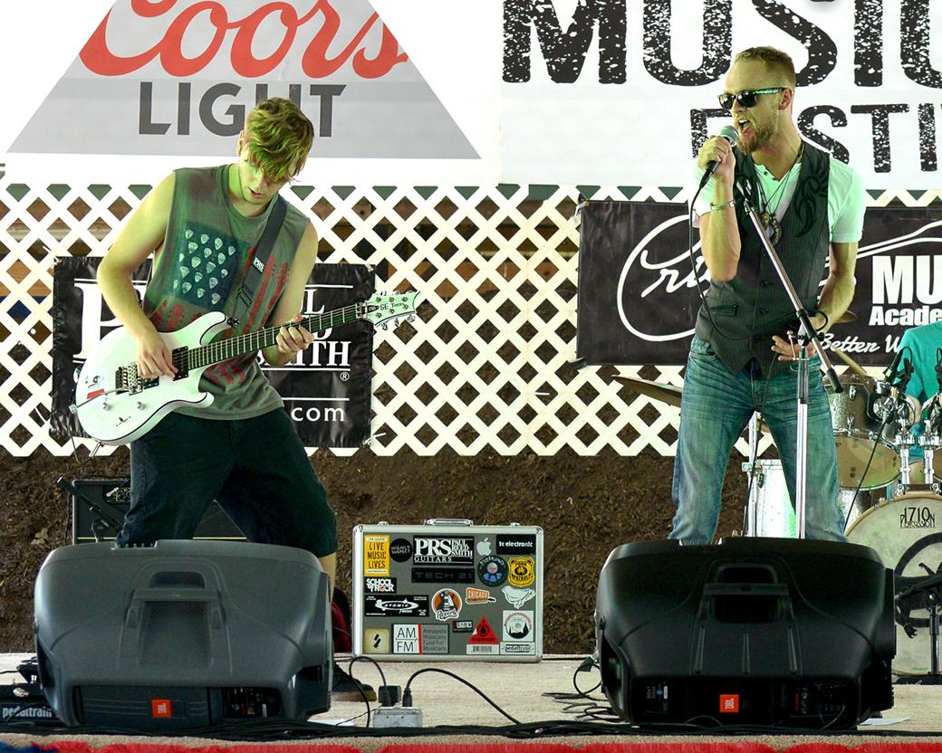 Tommy & Guitarist.jpg