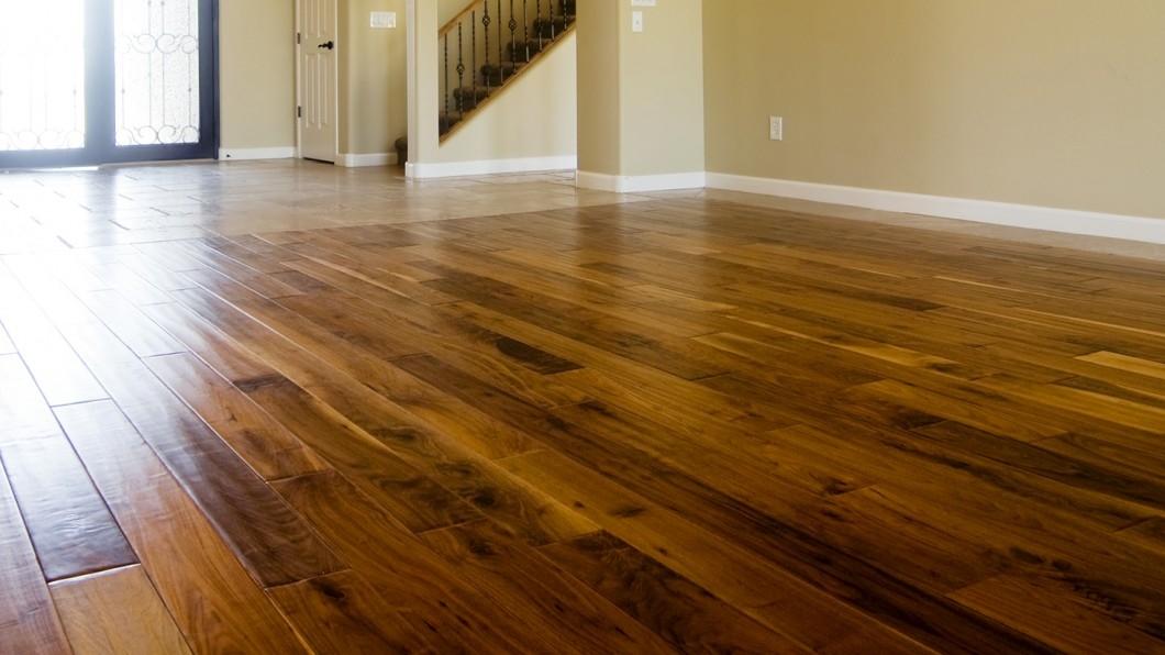 d9a08d060766dd01a3f53a843374135a--rustic-hardwood-floors-gray-subway-tile-backsplash.jpg