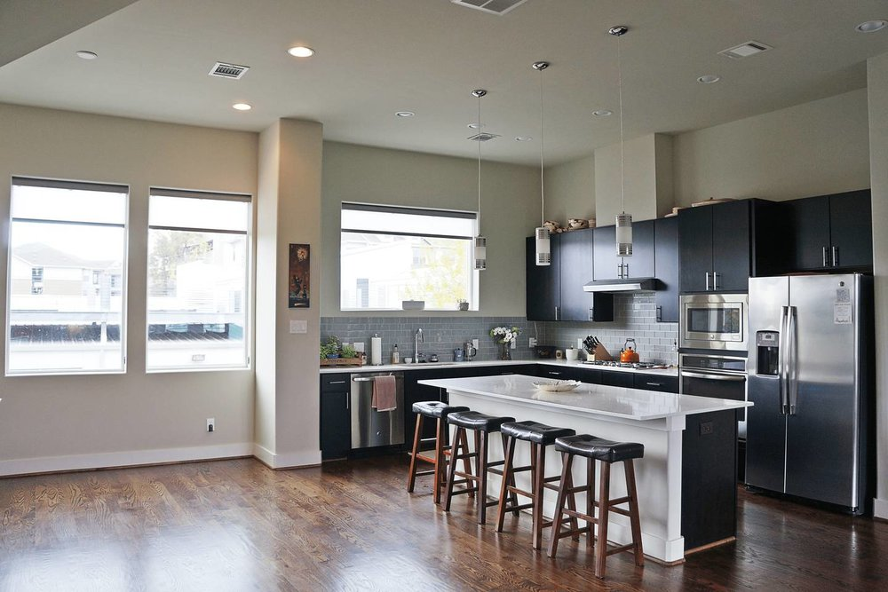 Kitchen Remodeling - Let us design the kitchen of your dreams. We'll show you how to create a healthy, energy-efficient kitchen without sacrificing style or performance.