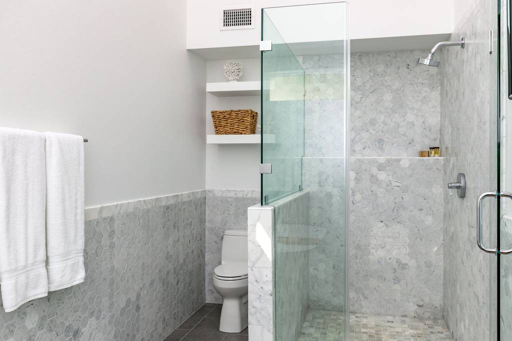 Bathroom Remodeling - Quality workmanship shines in our bathroom remodels. We combine exquisite finishes, quality cabinetry, and water-wise appliances from all major brands.