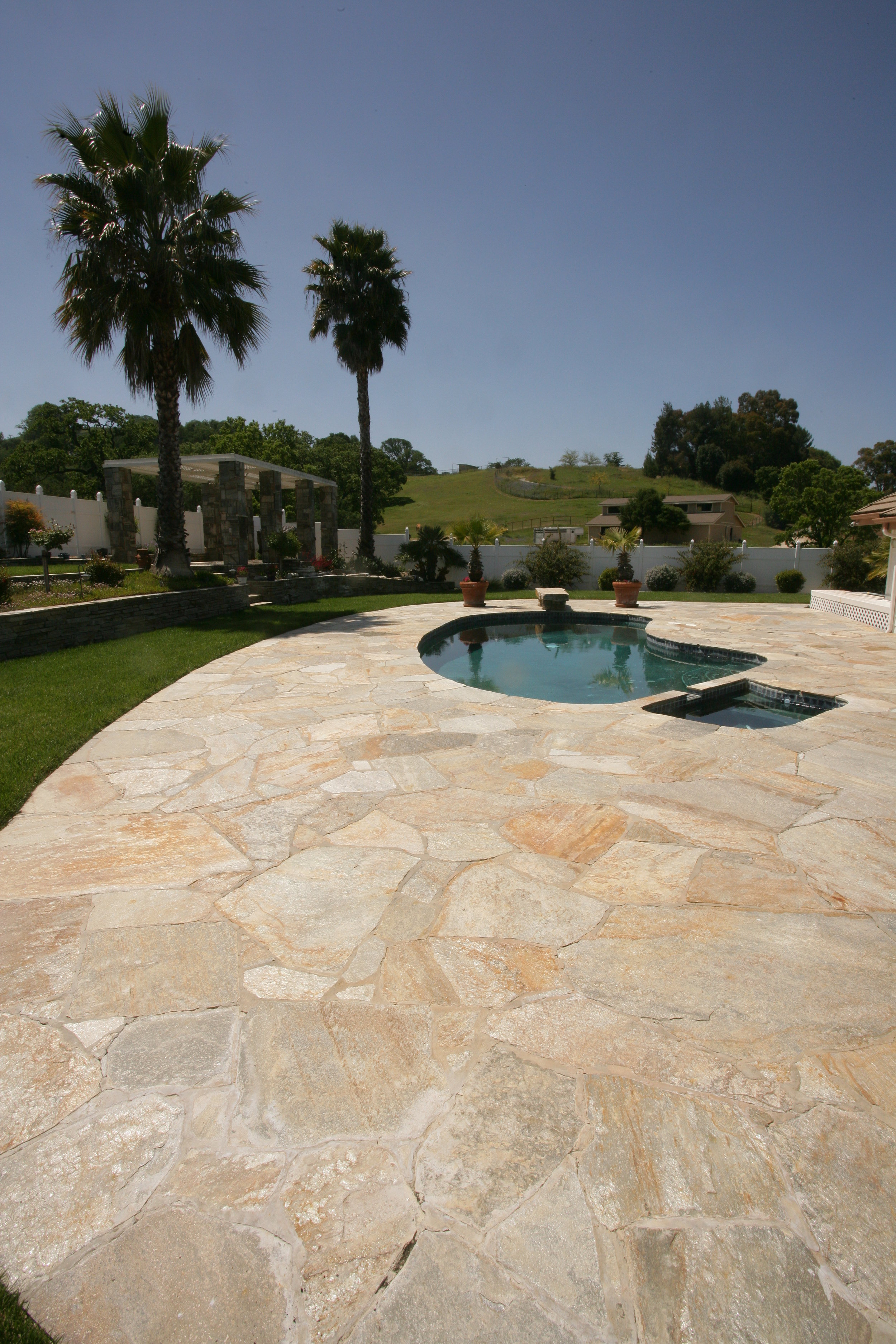 Pools - Sunset Gold Flagstone