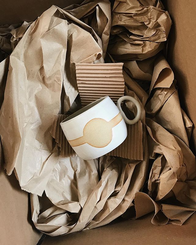 One of the biggest changes I have made to my business this year has been switching to all paper/recyclable packaging when shipping my pottery. This step towards sustainability (very much inspired by @martinathornhill 🙏🏼) was so easy to make and so far, it seems to be the overwhelmingly better choice for keeping pots safe in transit. I am also supporting another female-run company by using @papermart. #winwin • This week I am shipping out these Solar Return Mugs to a couple new shops. There are just a couple of these babies left online in a buff finish! • #forgedandfoundpottery #lifewithoutplastic #plasticfree #zerowaste #sustainableceramics