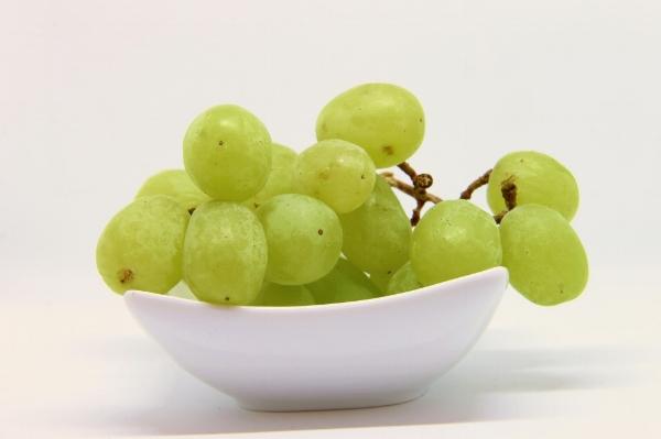 grapes-new years-spain-New-Years-in-Madrid-Highlights-of-Spain.jpg