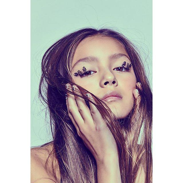 Undistressed Damsels webitorial 🦋 🦋 photographer @erinfosterphotography 🦋 hMU @irenekimmakeup 🦋#papiilongirl  @mabel.chee  teribtalent 🦋🦋 #teenmagazine #teenfashion #tweenfashion #teensofinstagram