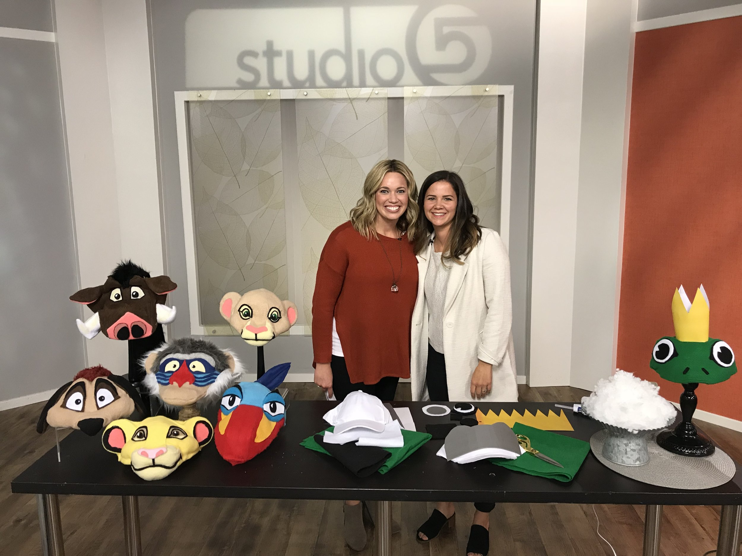Stephanie Miller from MotherMake with Brooke Walker from Studio 5.
