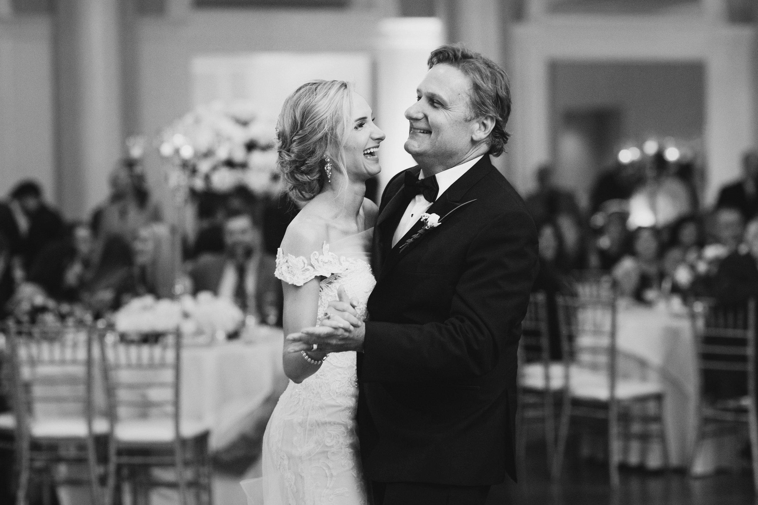 Lafayette_Louisiana_Wedding Planner_0721bw.jpg