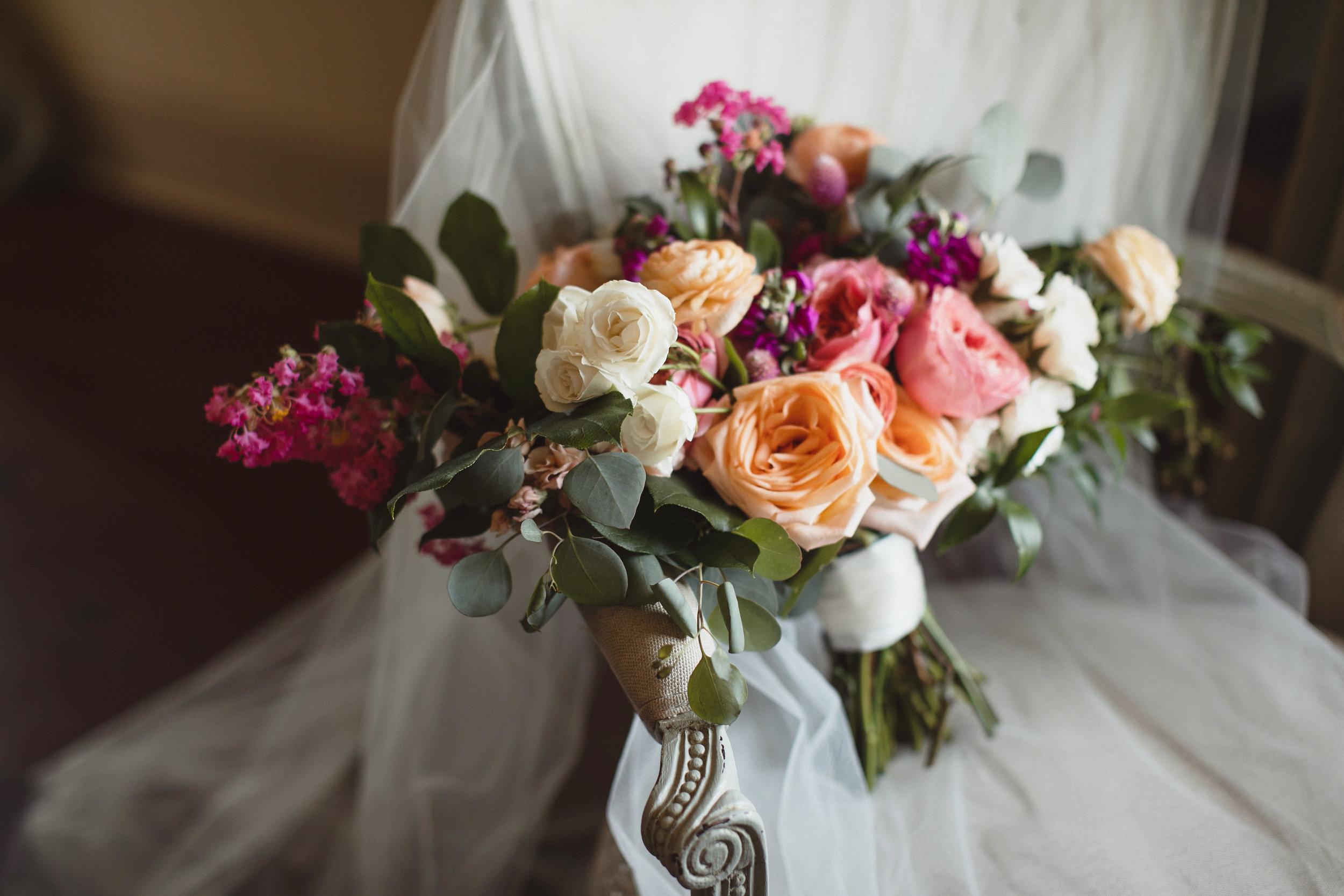 Robichaux_Leger_Wedding-044.jpg