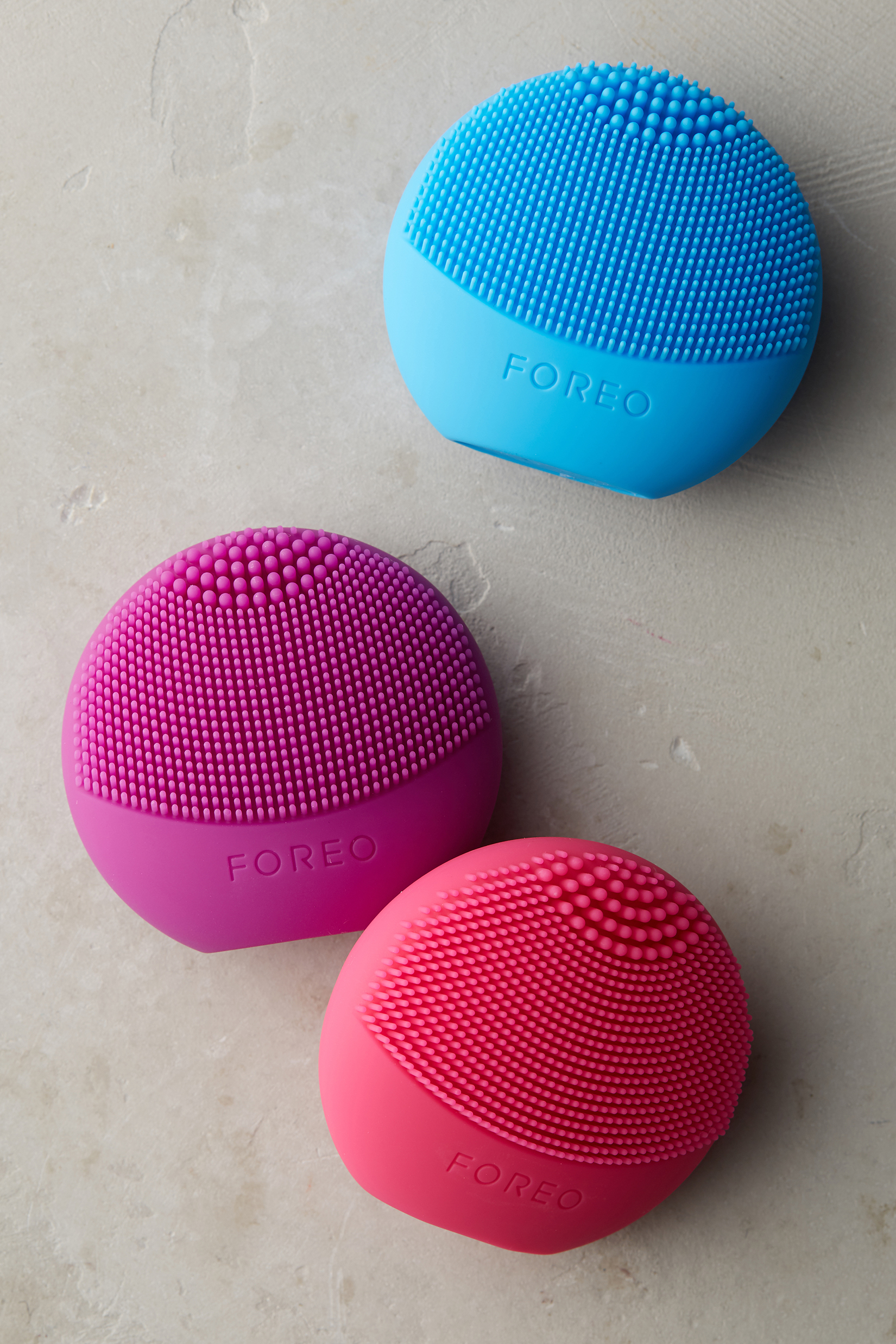 Foreo Luna Play Fuschia Cleansing Brush