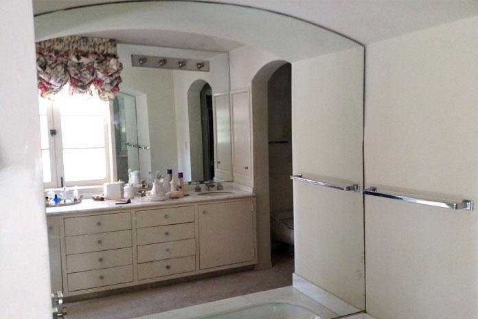 Mirrors - • Bathroom Vanity Mirrors• Wall Mirrors• Gym Mirrors• Wardrobe Doors