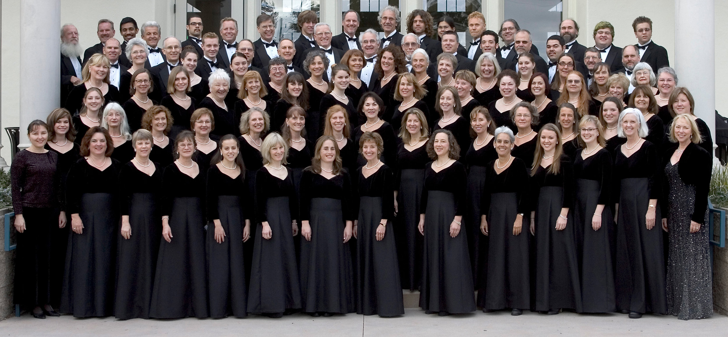 The  Cabrillo Symphonic Chorus , directed by Cheryl Anderson