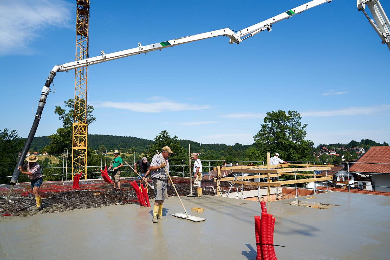 rolf-bau-handwerker-maurer-beton.jpg