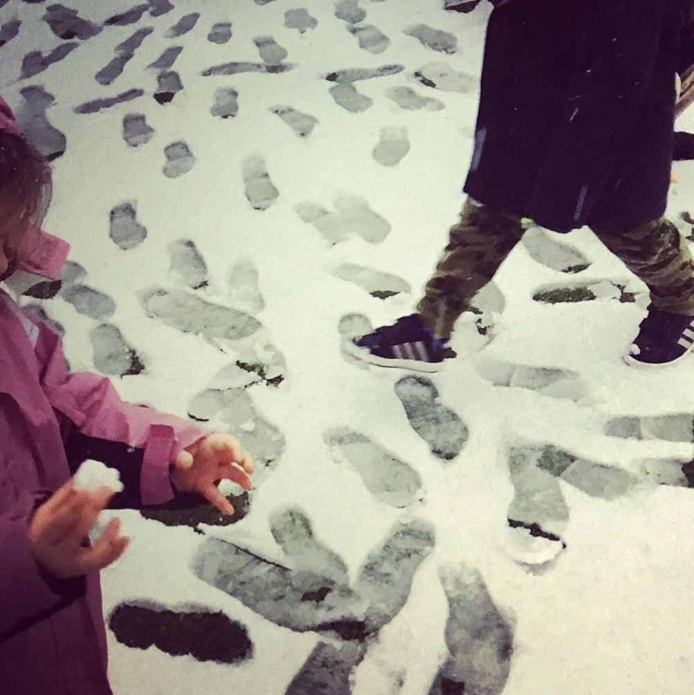 snow footsteps 1.jpg