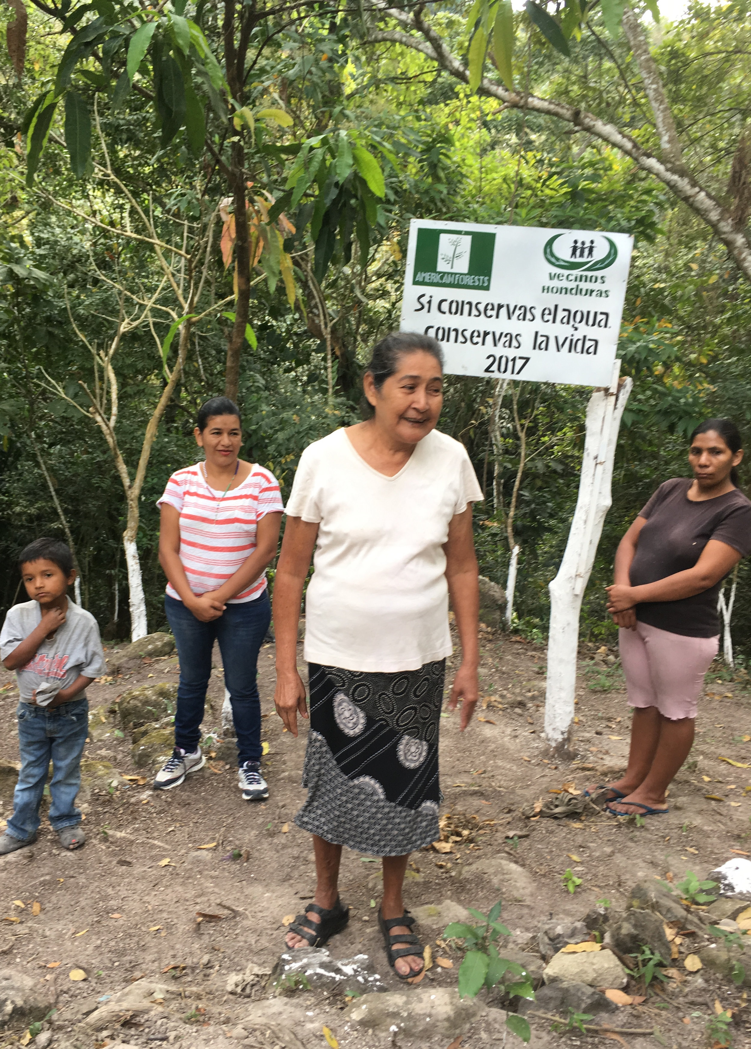El Tulito teacher Marta Alicia speaks in praise of the new park at its opening in March 2018