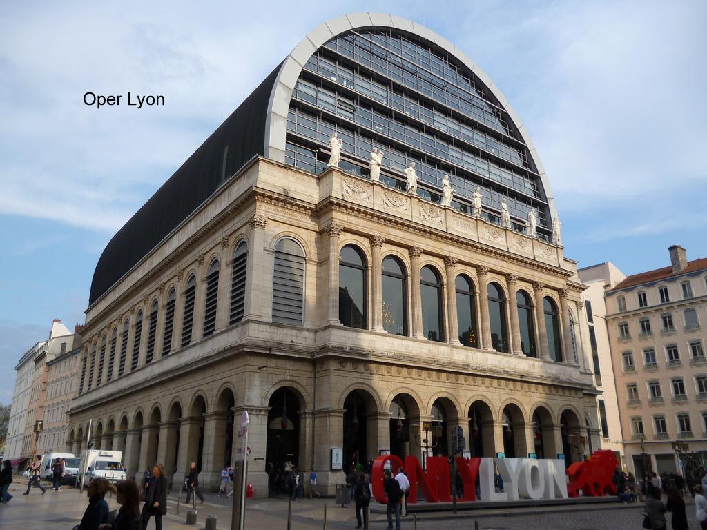 Theatro National de Lyon.jpg