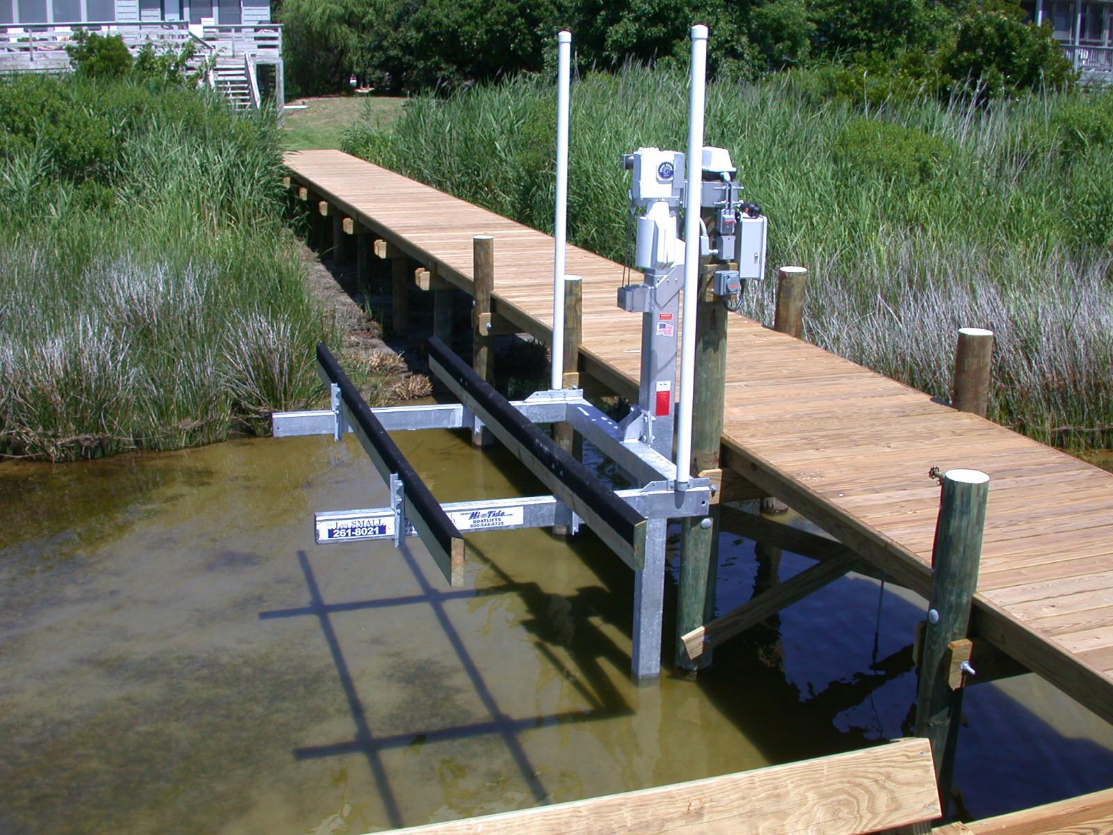 hi-tide-boat-lifts-pwls-9.jpg