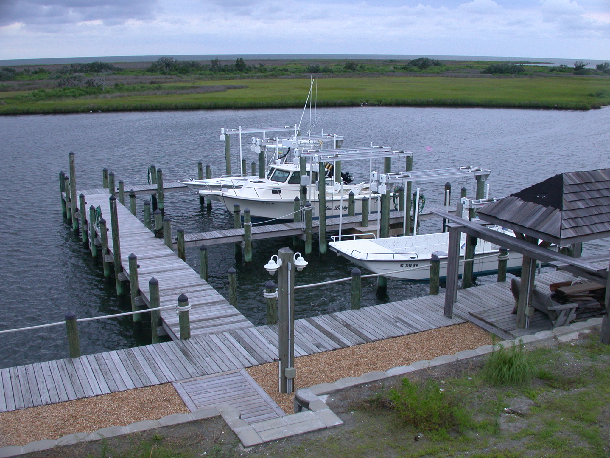 hi-tide-boat-lifts-pwls-8.jpg