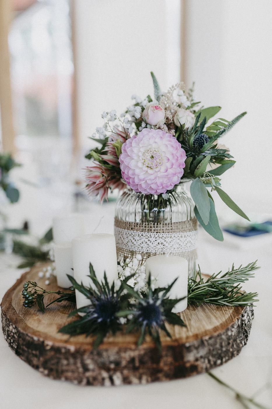 rosemarrylemon_ND_Hochzeit_Tischdeko.jpg