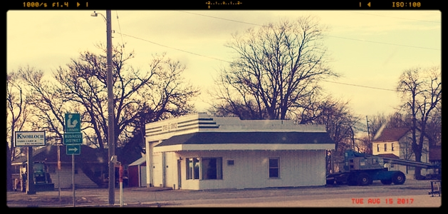 Original Service Station in Gridley