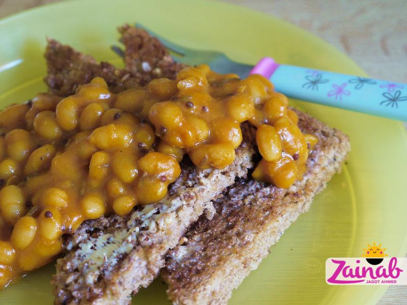 Baked BeanCurry on Toast