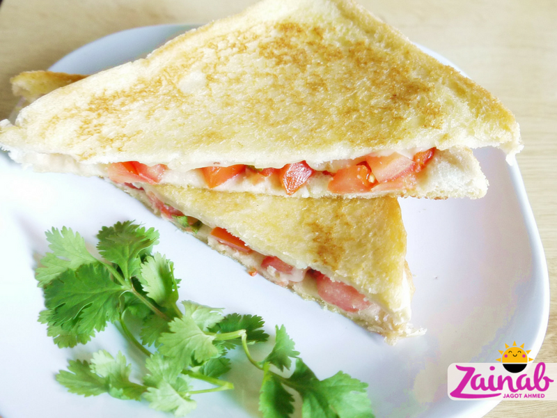 Tomato Salsa Toasty