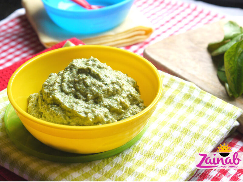 Baby led weaning curry for babies - Zingy Pineapple Chicken Curry. Stage 2 weaning, 7+ months, halal baby food, flavour led weaning, baby food recipe