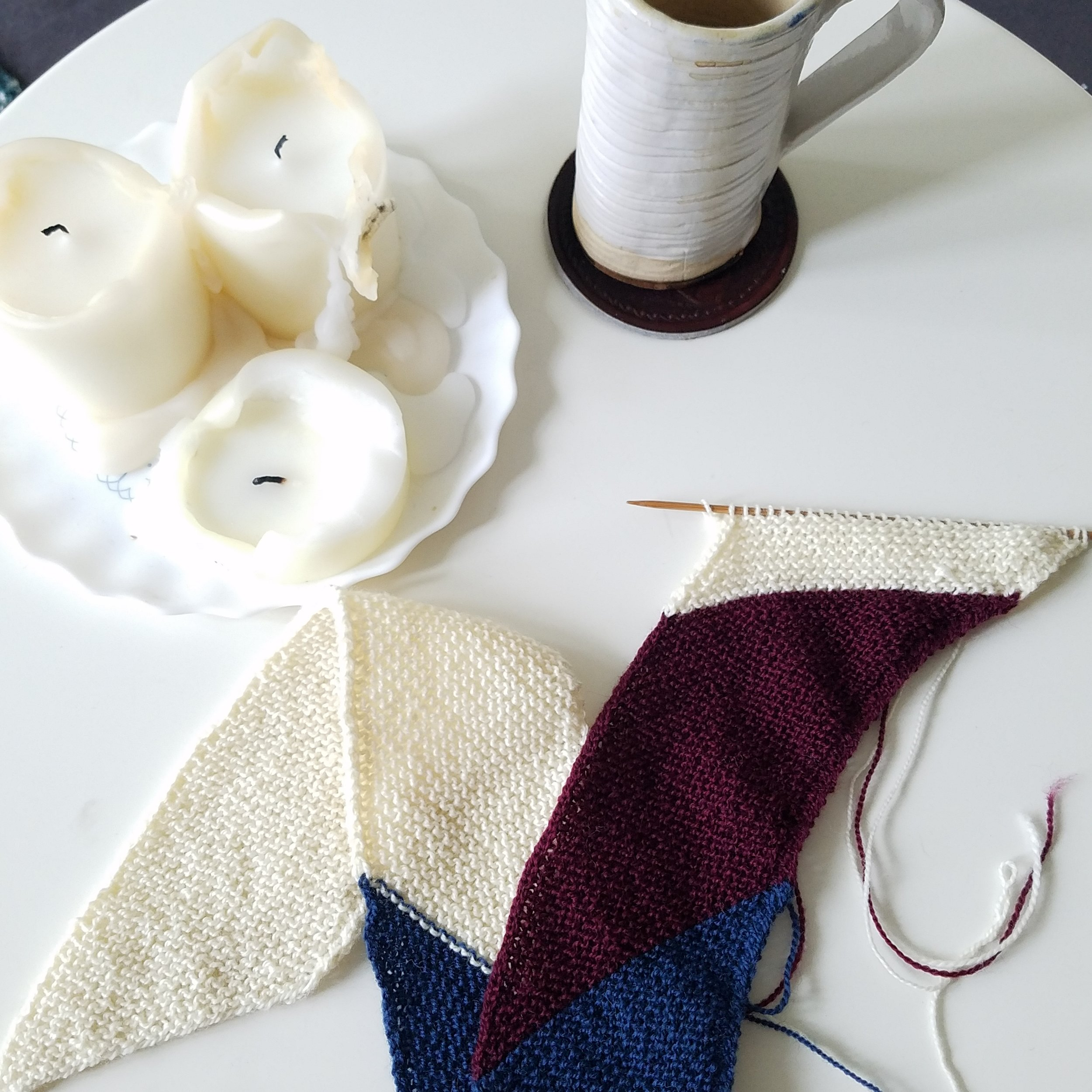 Back to basics scarf/wrap- pattern by Knitworthy arts - what is on my needles now