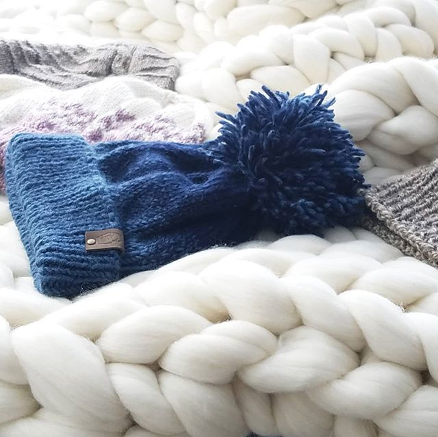 We are feeling just the littlest hint of cooler weather and it has me itching to make bon fires and pull all things cozy out of the closets. Bring on the hot chocolate, baked goodies (in moderation of course 😉) and camping! Anyone else with me?! P.S.- if you would like to #see #touch #feel these beautiful chunky knit blankets and warm beanies in person come and visit me at the Creative Mill Expo in Roswell tomorrow and Friday from 5-9 p.m. 85A Mill St. Roswell, Ga 30075  #knitworthyarts #kwarts #chunkyknits #handknithats #merinowool #sosoft #cozytime #fall #bringiton