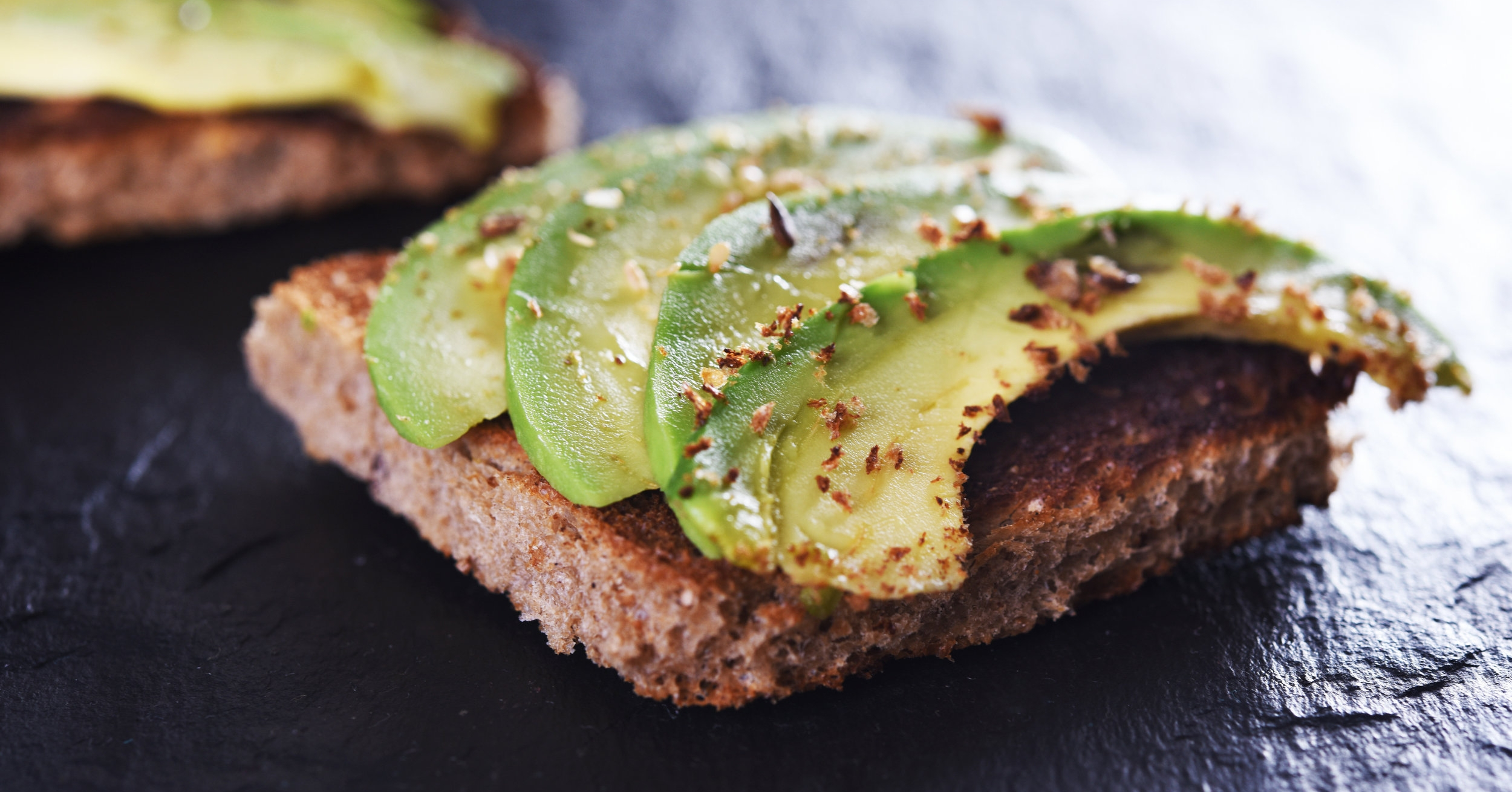 Plant-based breakfast avocado toast, healthy fats and vegan brunch ideas.