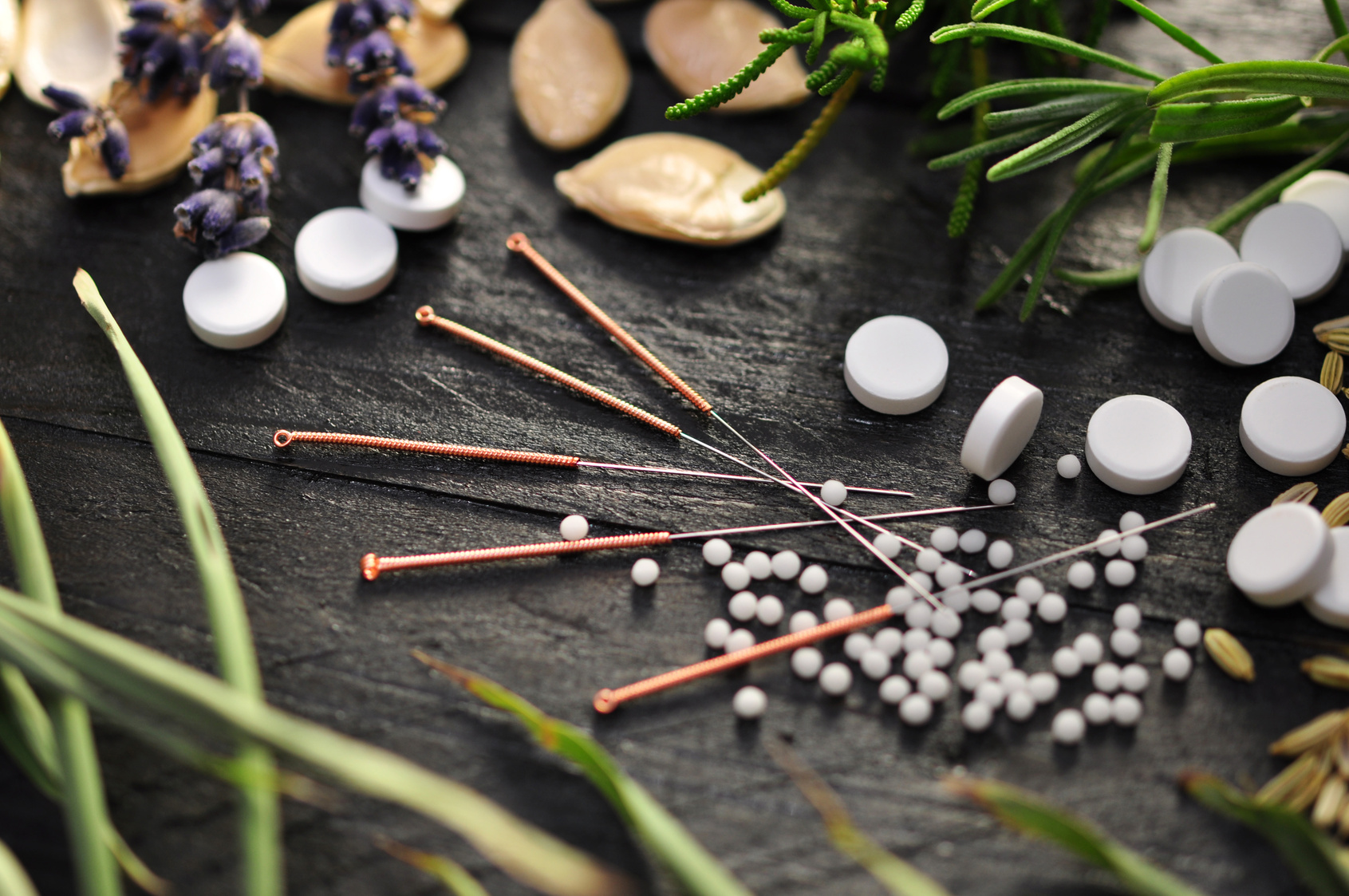 Chinese-Herbal-medicine-and-acupuncture.jpg