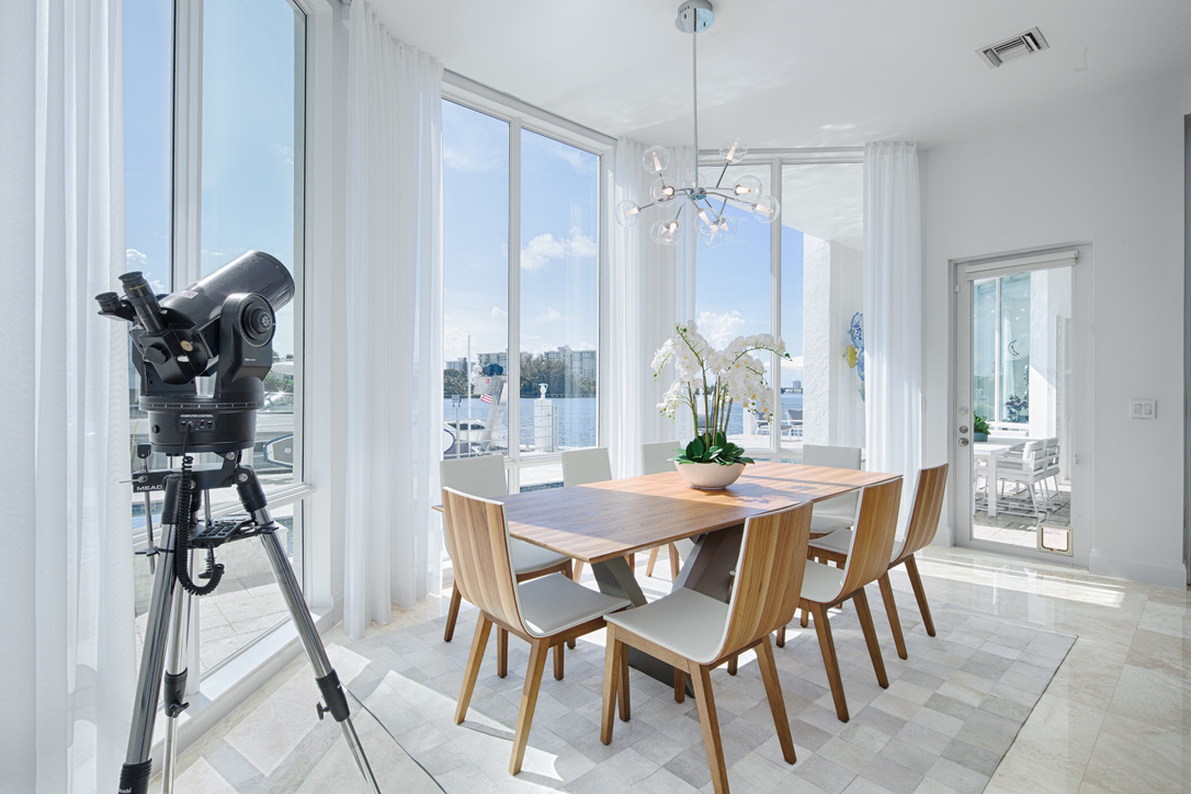 Contemporay Beach House in East Boca Raton, FL, Rooms by Eve, Eve Joss Interior Designer10.jpg