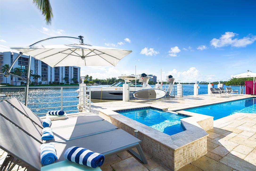 Contemporay Beach House in East Boca Raton, FL, Rooms by Eve, Eve Joss Interior Designer14.jpg