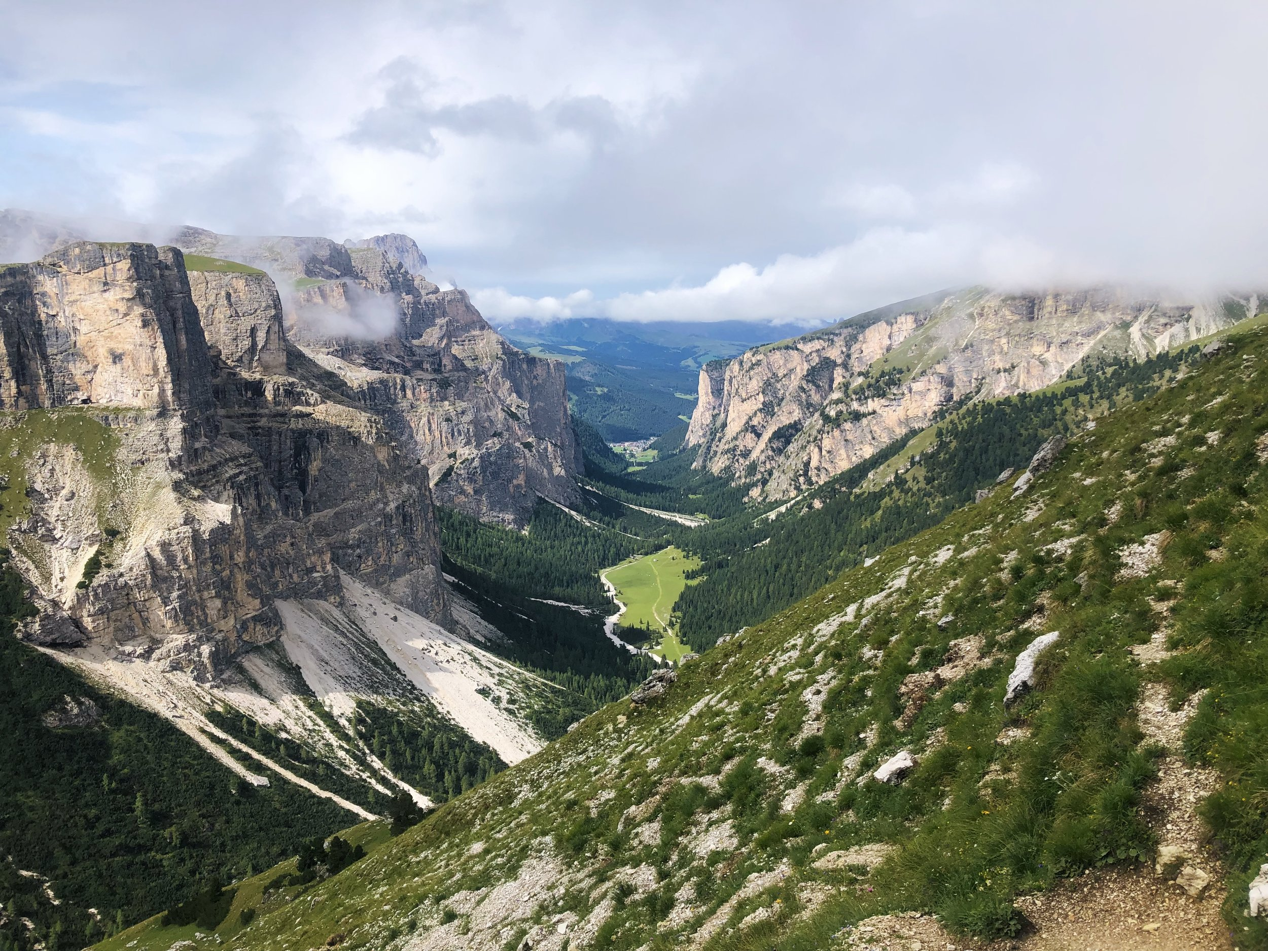 From park to park in the Dolomites Unesco + South Tyrol