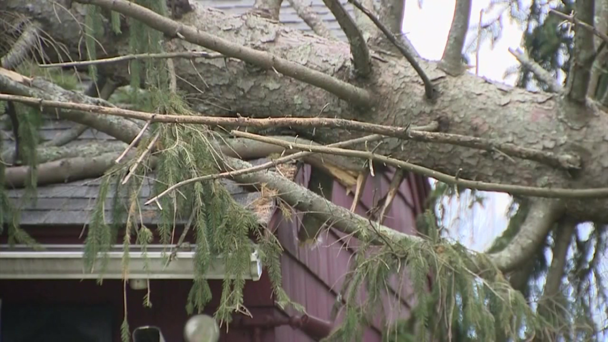 Dartmouth ma area wind storm roof damage insurance claim.