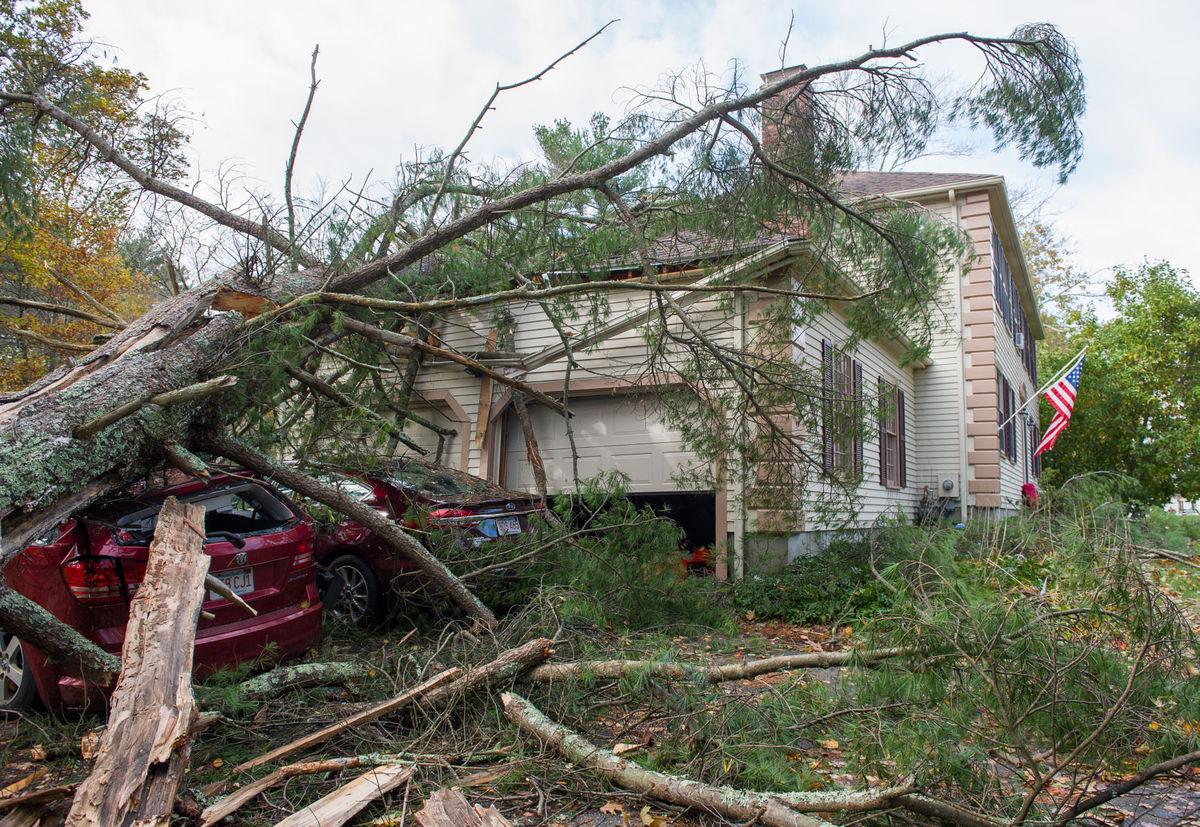 Newburyport, ma insurance claim on major roof damage from wind storm.