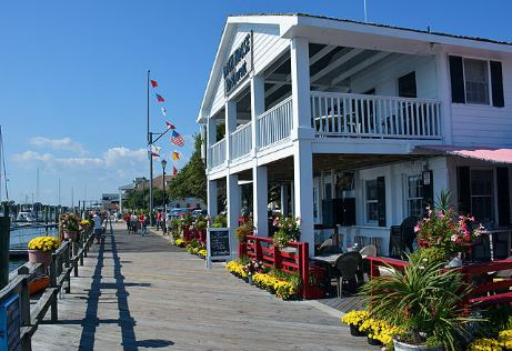 "Beaufort, nc is located in North Carolina's ""Inner Banks"" region."