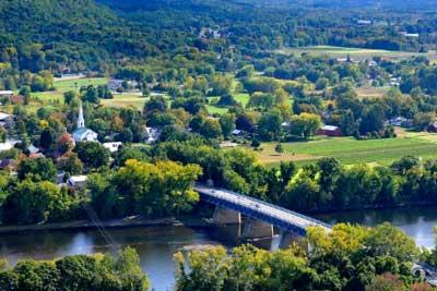 williamsburg, ma scenic views.