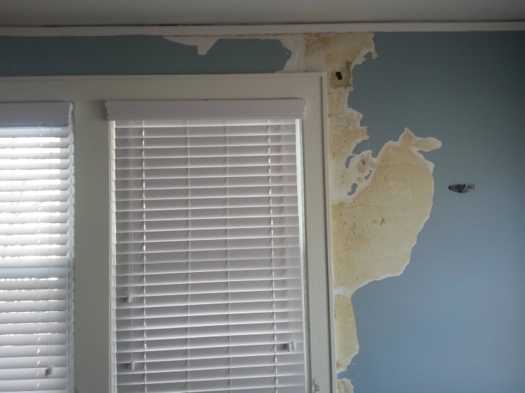 windsor, ct water damage insurance claim from ice dam.