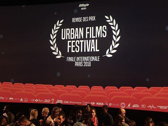 We played Hip Hop Cafe here in Paris last night. No win but Director @superrocketman met The legendary @djjazzyjeff #urbanfilmsfestival #paris