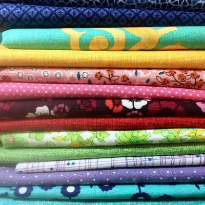 Mina @kindaquilty pulled some fabric today! Isn't it fabulous?!