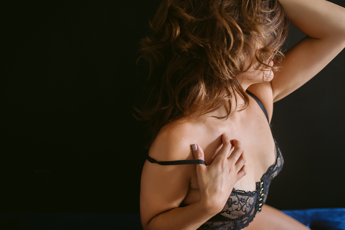 BALTIMORE'S BEST BOUDOIR EXPERIENCE -