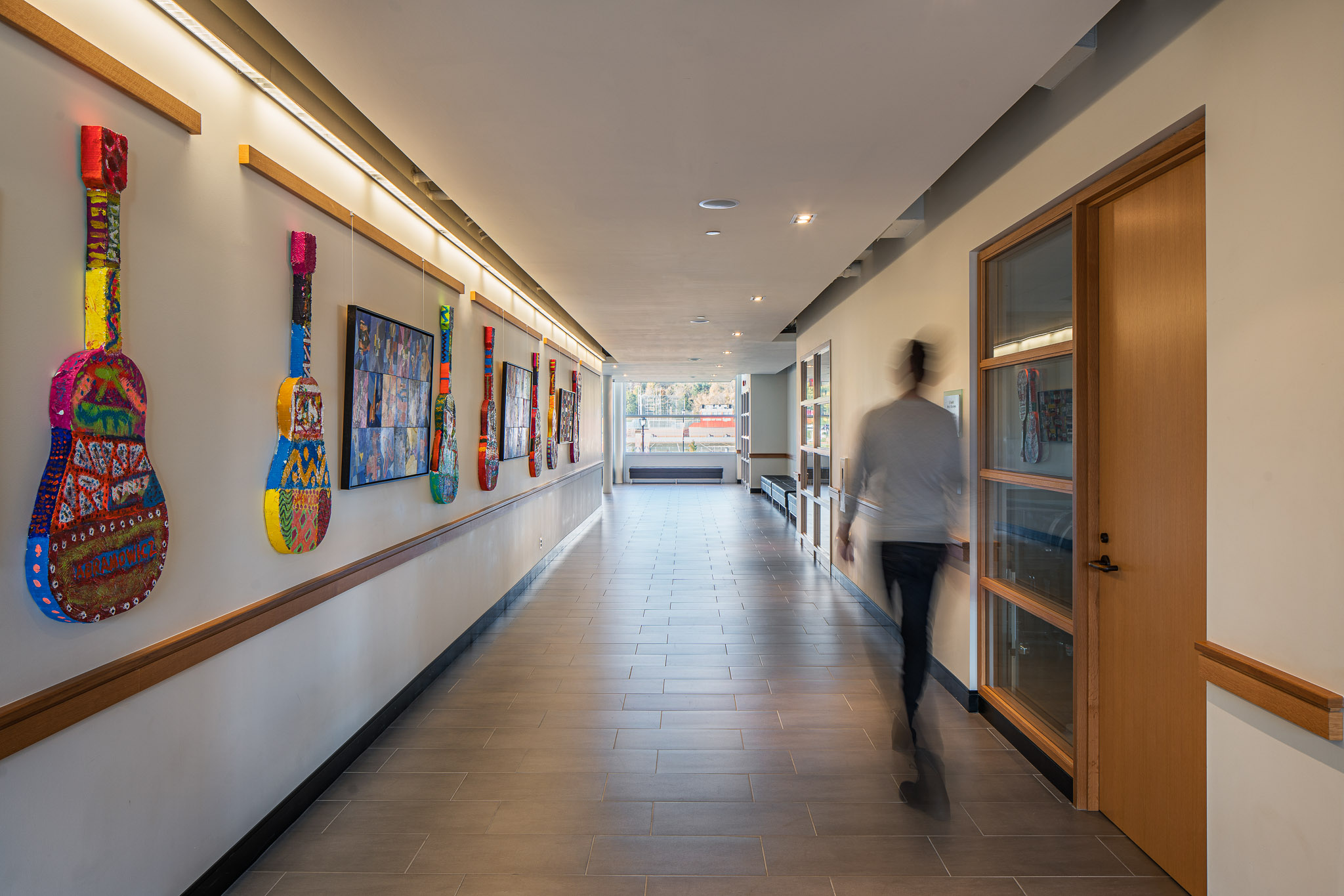 Hallway 2048.jpg