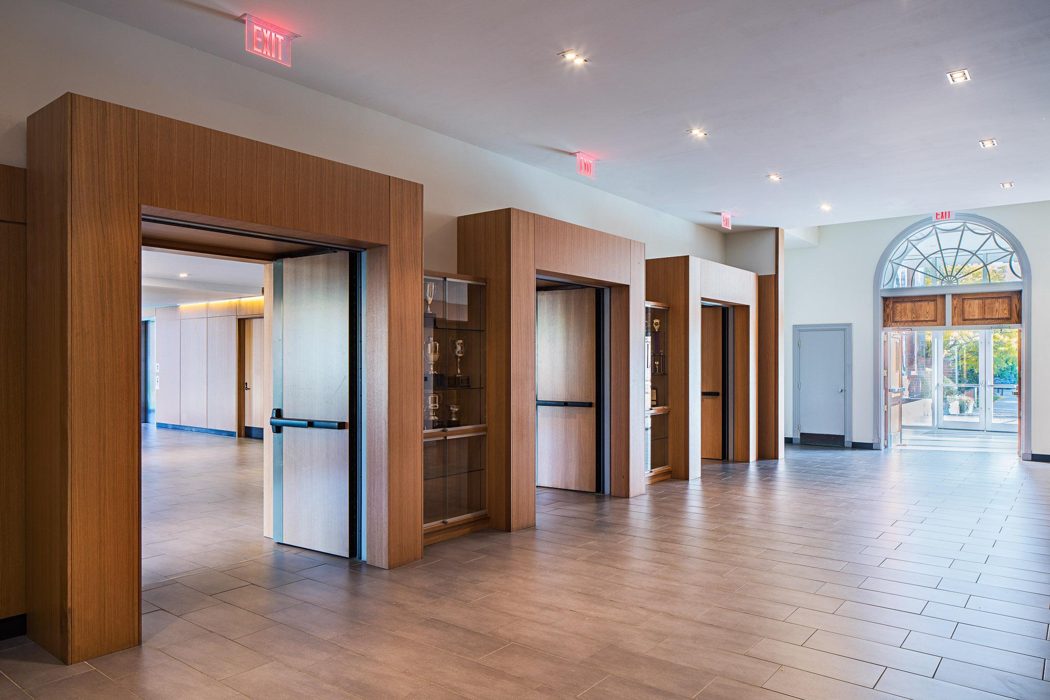 Lobby 02 2048.jpg