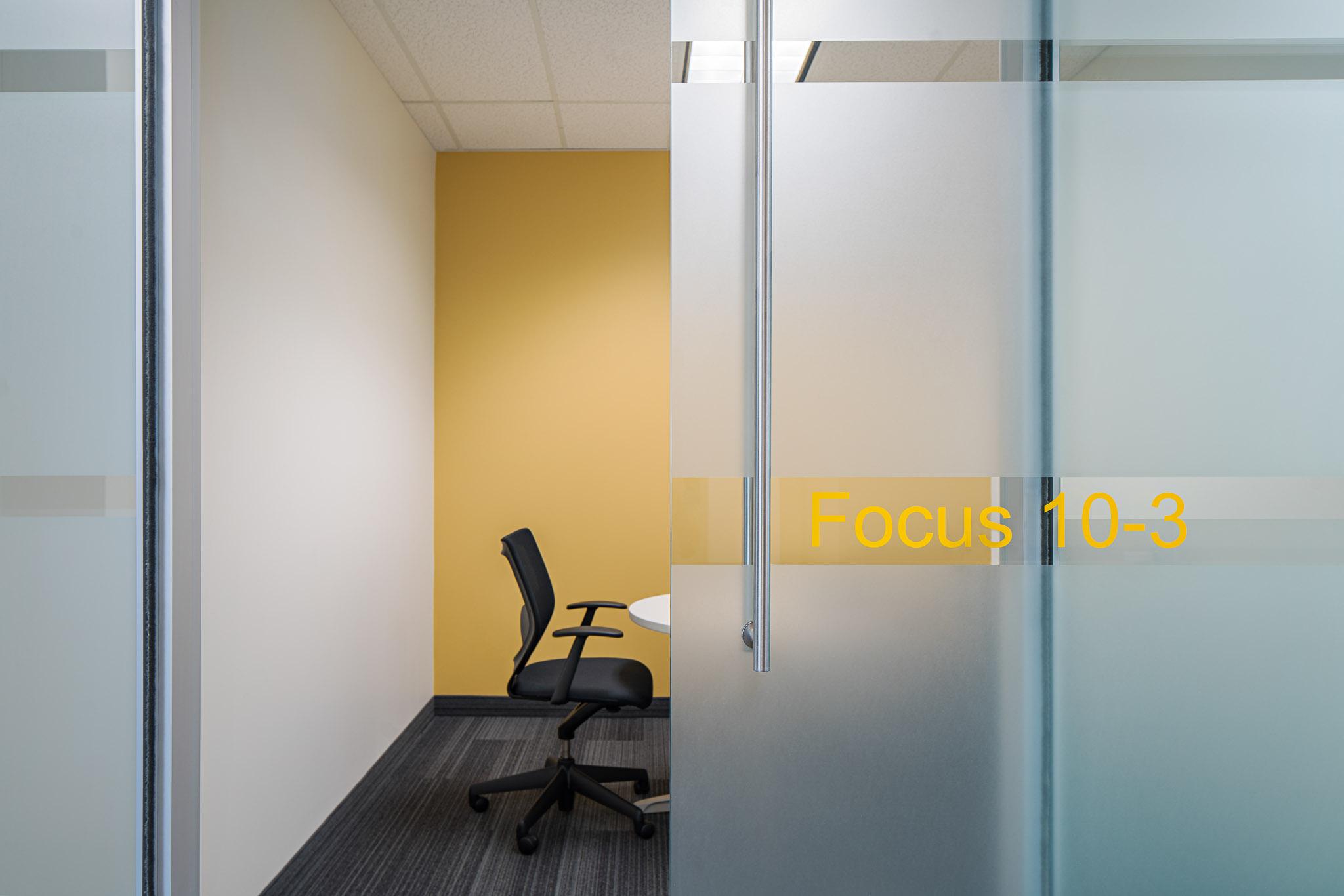 Meeting Room 02 2048.jpg