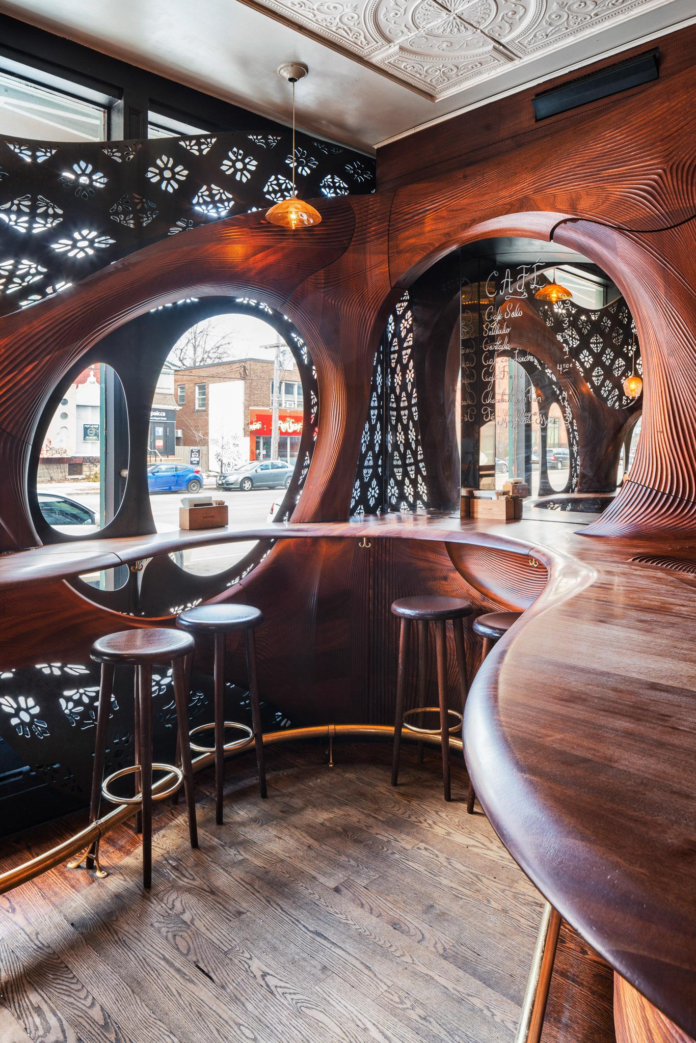 Bar Raval 09 2048.jpg