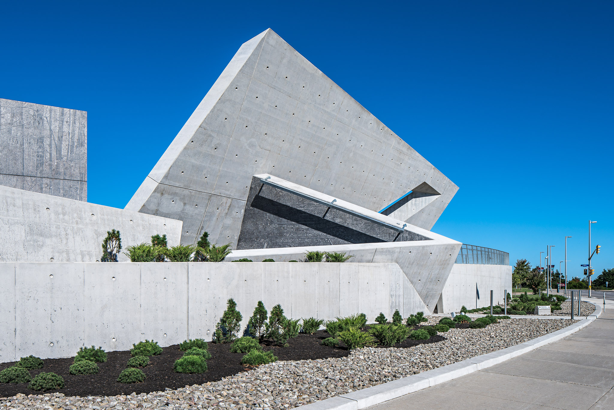 National Holocaust Monument 14 2048.jpg