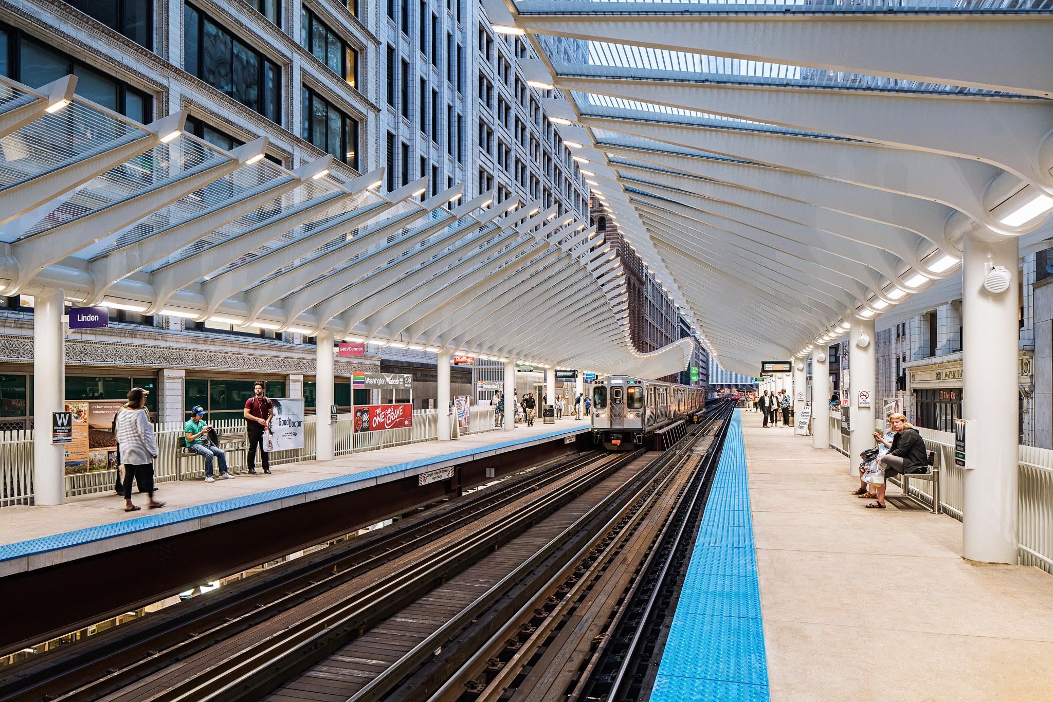 Washington-Wabash Station 03 2048.jpg