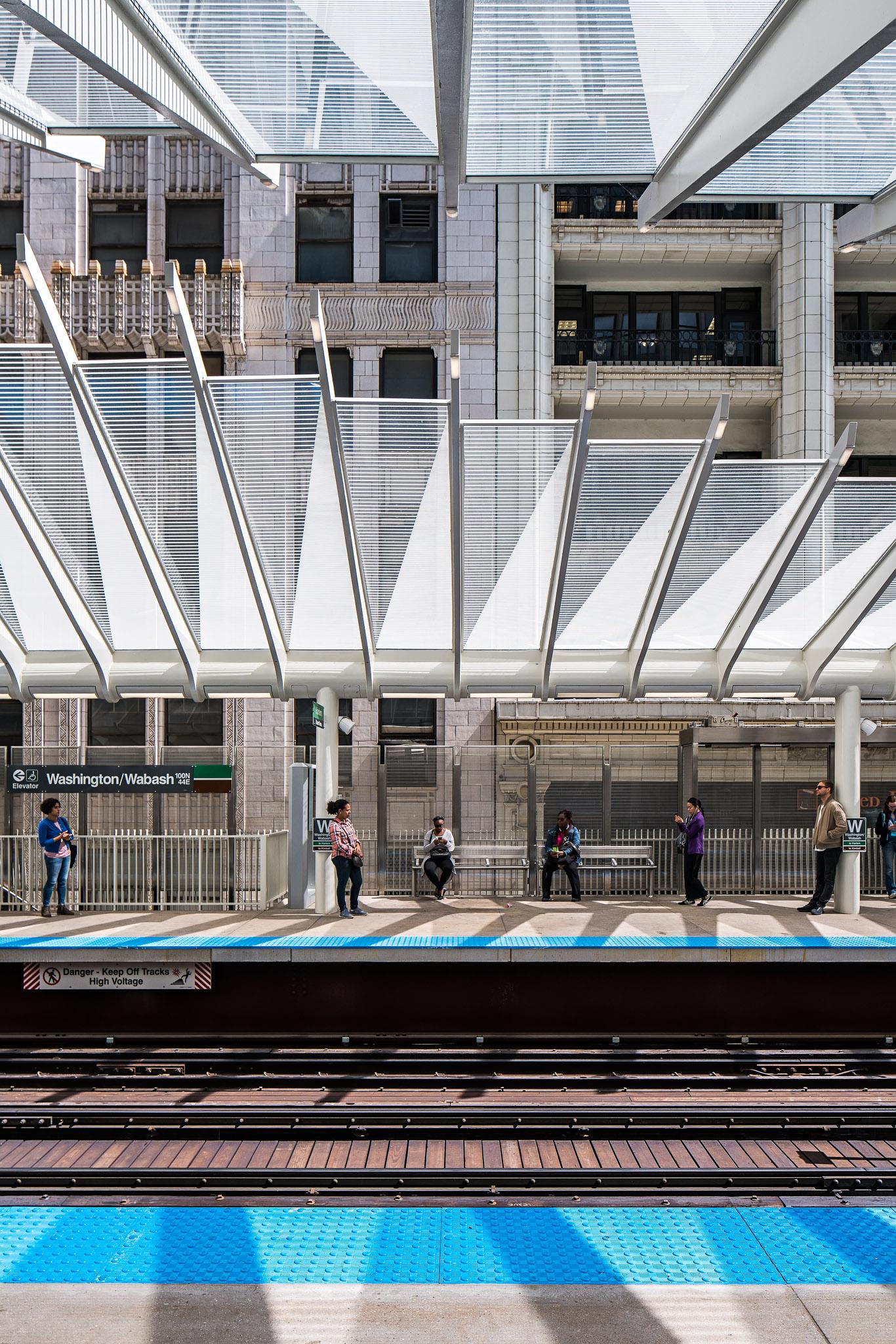 Washington-Wabash Station 07 2048.jpg