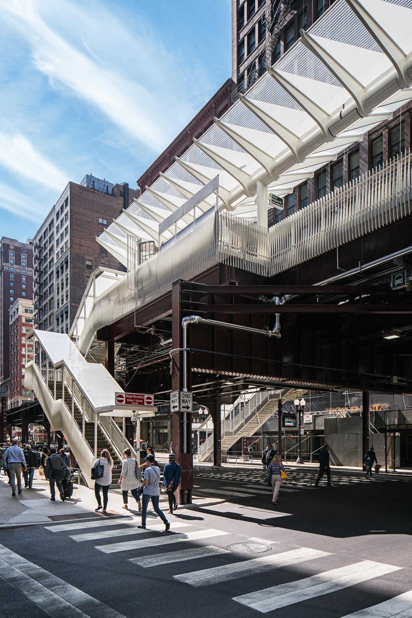 Washington-Wabash Station 25 2048.jpg